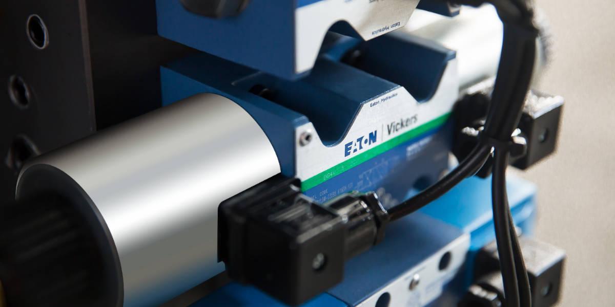 Système de servomoteur LOG-S8 90T et machine de moulage par injection à économie d'énergie